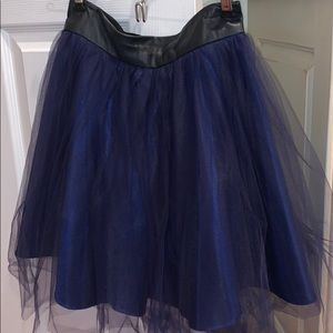 Juicy Couture Navy tulle XS skirt